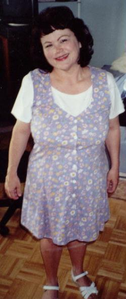 Linda Larson (Wright)