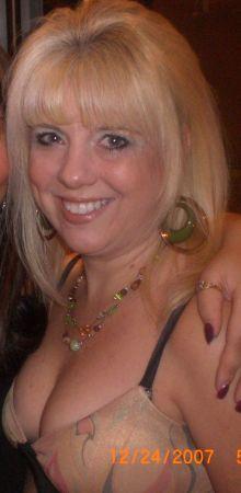 Vicki Culton (Reynolds)