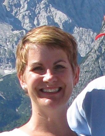 Katie Holmes (Smith)