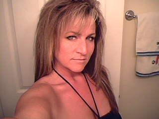 Tina Burnette (Moss)