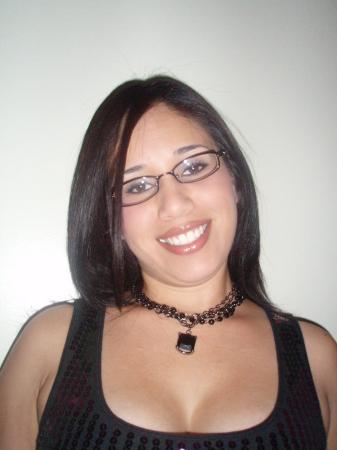 Amanda Flores (Solis)