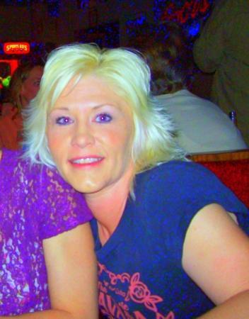 Lisa Crew (Stewart)