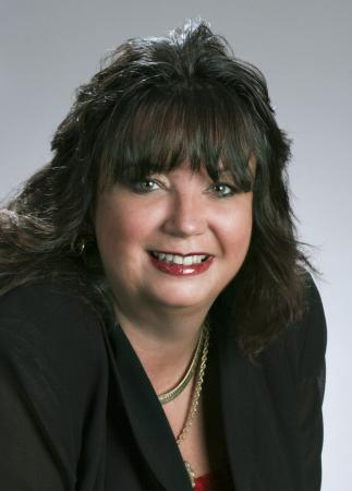 Donna Young (Matthews)