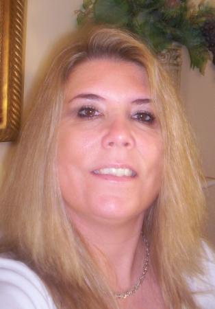 Wendy Max (Moore)