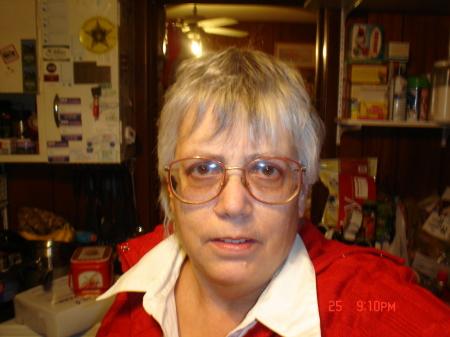 Sharon Arthurs (Snyder)