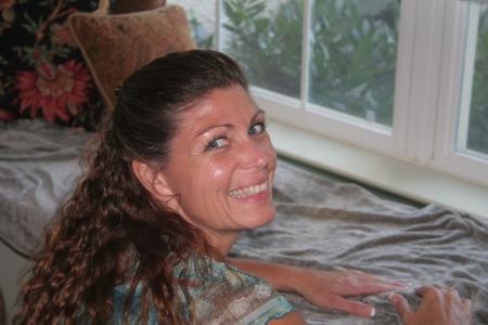 Leslie Kavanaugh (Taylor)