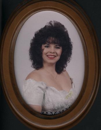 Lori Plummer (Jones)