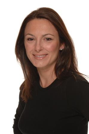 Dawn Oates (Silvia)