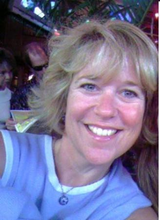 Carol Reynes (Hampton)