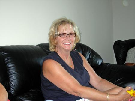 Barbara Kislowski  (Klein)