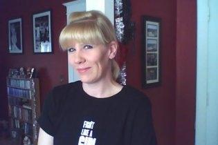Julie Brun (Carlson)