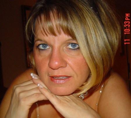 Angela Detoy (Ashworth)