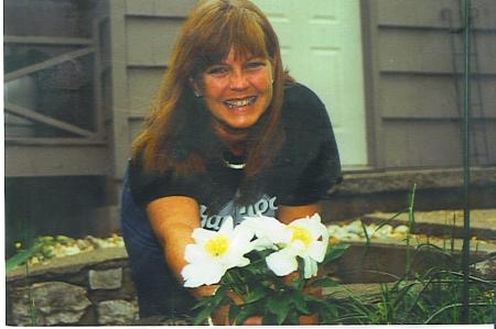 Sandra Stevenson  (Young)