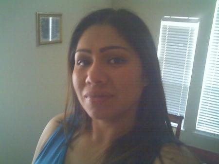Maritza Estrada  (Acevedo)