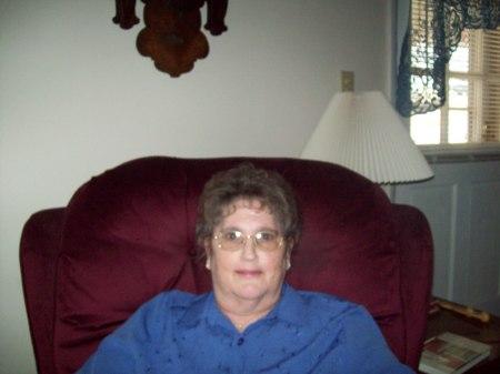 Linda Cole (Fay)