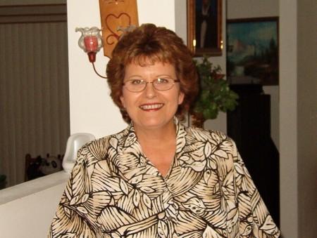 Sharon Pye (Walker)