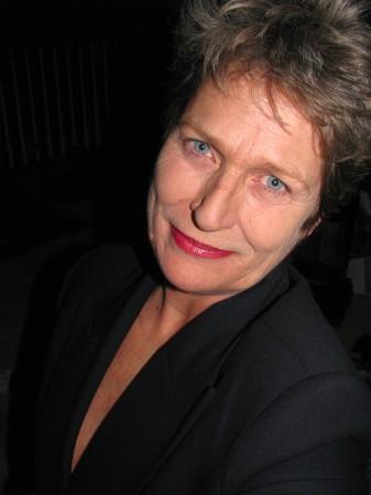 Mary Trzos (Yates)