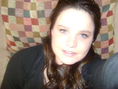 Danielle Bryant (Lee)