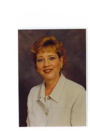 Linda Durec (Wright)