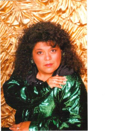 Angie Dunsworth (Gutierrez)