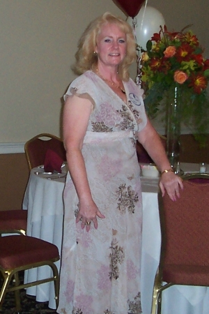 Susan Steger (Chestnut)