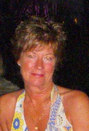Wendy Lowe (Barker)