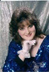 Vicky Shelton (Bryson)