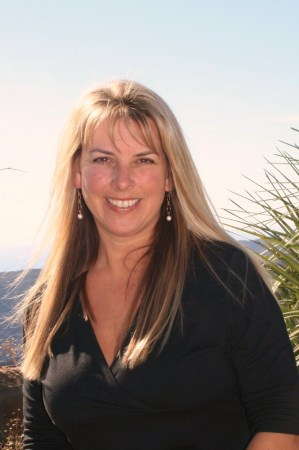 Linda Carabello (Matthews)