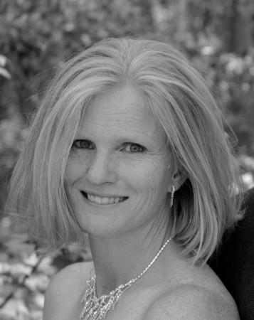 Angie Hodgson (Hill)