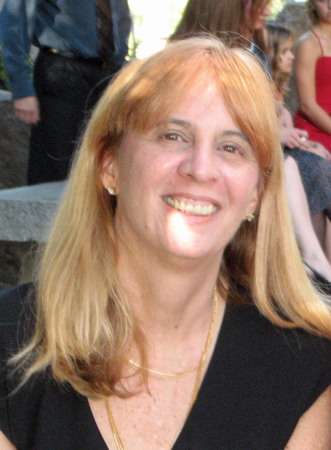Laurie Hanan (Hansen)