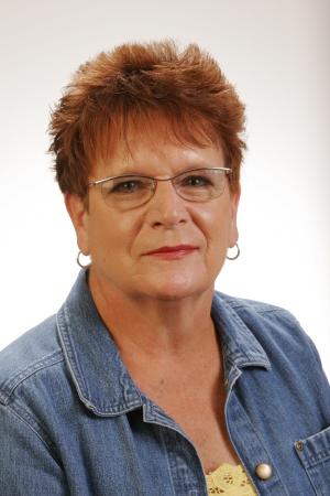 Nancy Burgasser (Stoddard)