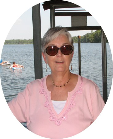 Linda Cryer (Matthews)
