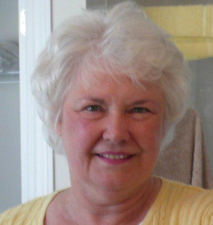 Linda McNish (Cox)