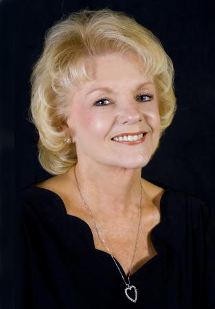 Donna Clarke (Taylor)