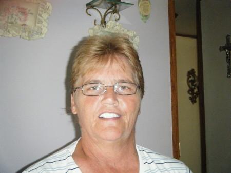 Donna Harris (Arnold)