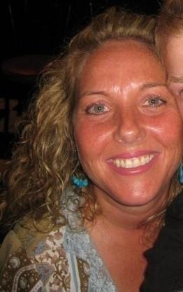 Renee Lewis (Nelson)