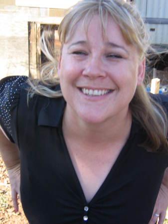 Lisa Griswold (Hughes)