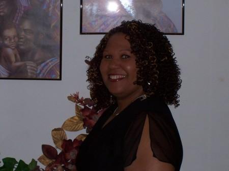 Cheryl Avon (Carney)