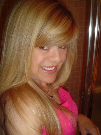 Suzi Sundquist  (Christensen)