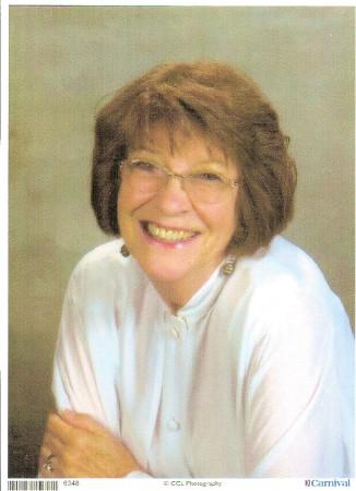 Judy Leonis (Price)