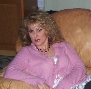 Lisa Marshall (Roberts)