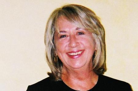 Carol Lukitsch (Taylor)