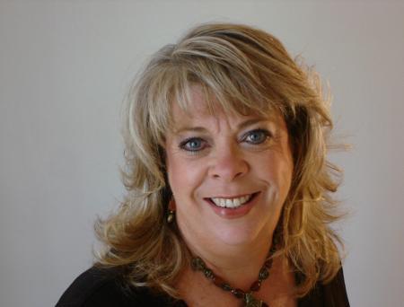 Kathy Carson (Myers)