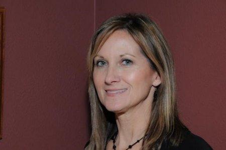 Carol Roberts (Thomas)