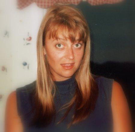 Deanna Marek (Simmons)