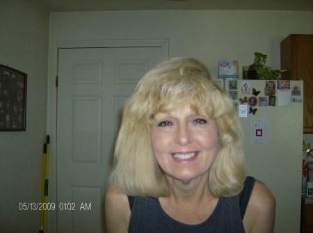 Linda Lawrence  (Dort)