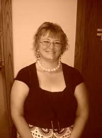 Julie Martin (Hoffman)