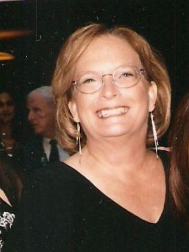 Leslie Adams (Davis)
