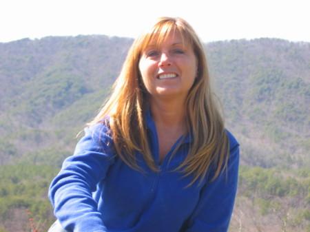 Linda Pegg (Thomas)