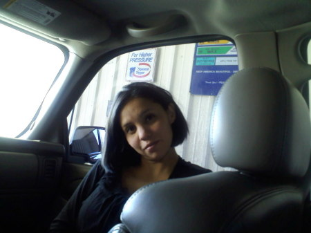 Stephanie Contreras (Flores)